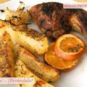 Contramuslos de pollo a la naranja asados en el horno con patatas