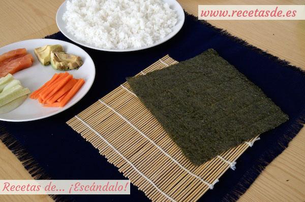 Esterilla de bambú para elaborar el maki sushi