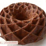 Receta de bizcocho casero bundt cake de platano, chocolate y canela