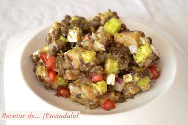 Receta de ensalada de lentejas con salmon y aguacate