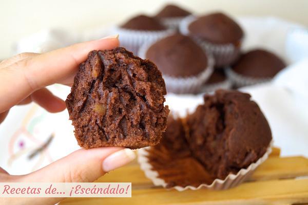 Receta de magdalenas de chocolate caseras y esponjosas