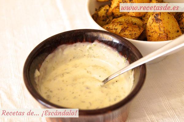 Receta de salsa deluxe casera para las patatas