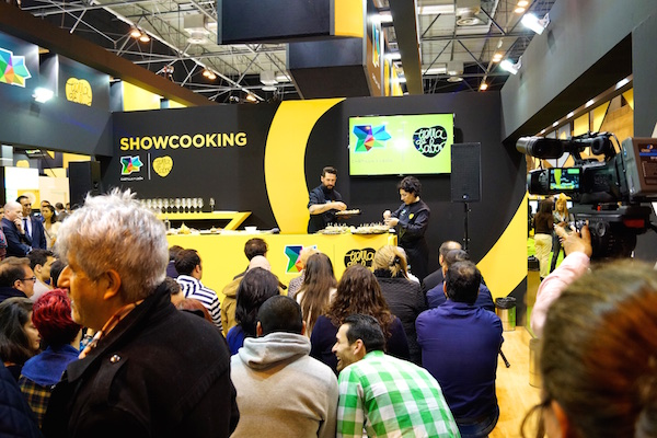 Showcooking en el salon de gourmets