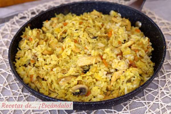 arroz curry pollo