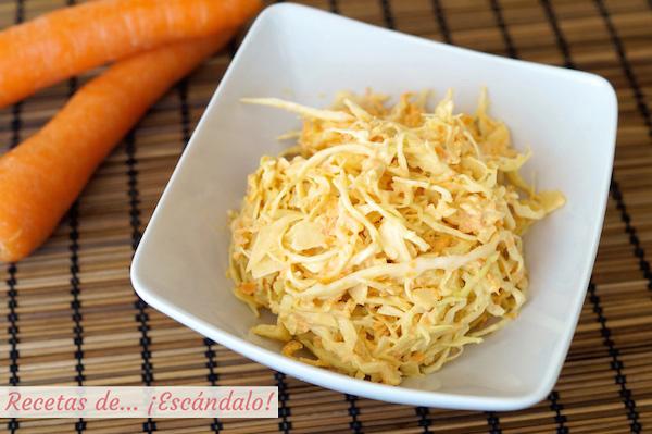 Receta de ensalada de col y zanahorias americana o coleslaw