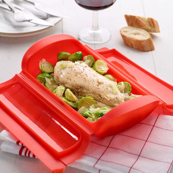 3400600R10U004-Estuche-cocinar-al-vapor-1-2-personas-lekue-rojo