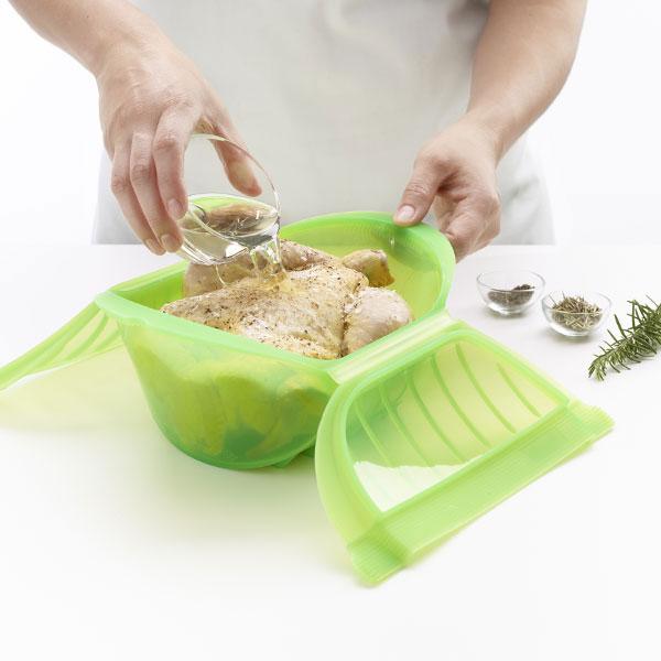3407600V09U004-Estuche-cocinar-al-vapor-hondo-3-4-personas-lekue-verde