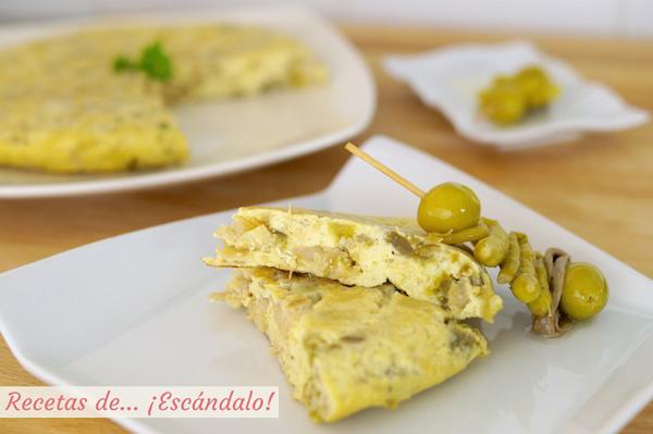 Receta de tortilla de bacalao acompanada de gildas, receta vasca