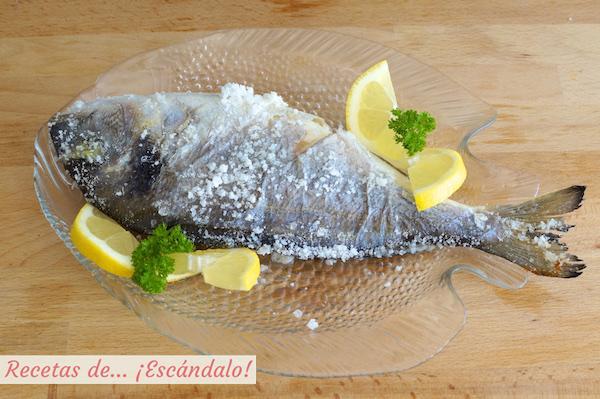 Dorada a la sal, un pescado al horno facilisimoDorada a la sal, un pescado al horno facilisimo