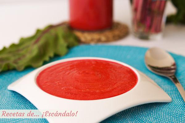 Receta de gazpacho de remolacha, muy facil y fresquito
