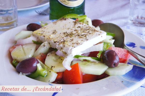 Auténtica ensalada griega de Santorini