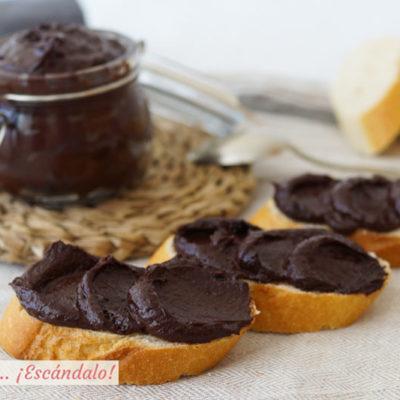 Crema de cacao y avellanas o Nutella casera. Receta paso a paso