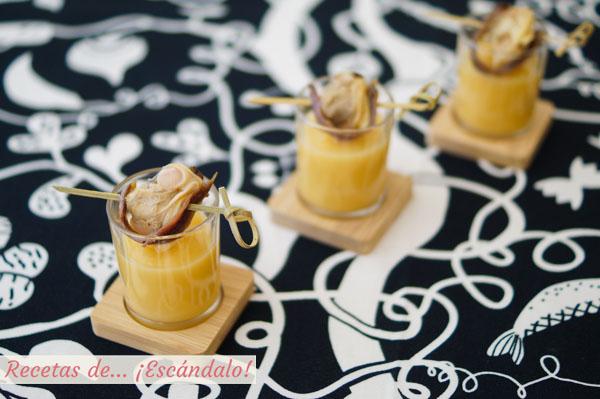 Receta de crema de colinabo con brocheta de almejas y anchoas