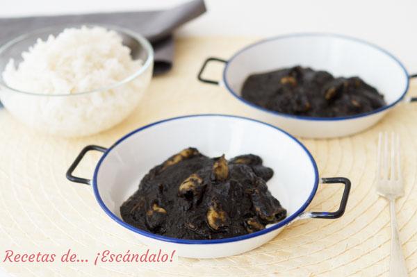Receta de chipirones en su tinta con salsa y arroz blanco
