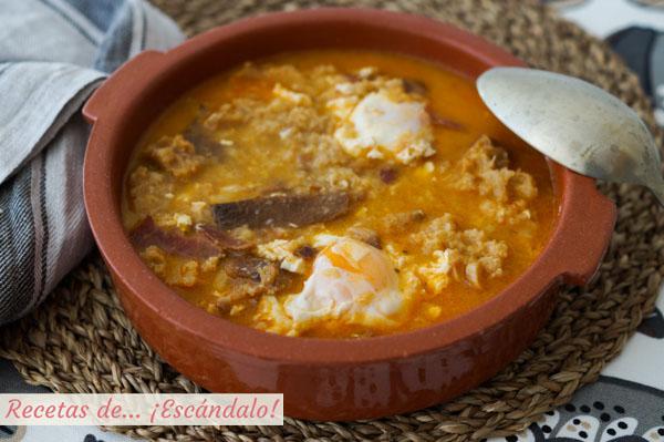 Como hacer sopa de ajo o sopa castellana. Receta tradicional.