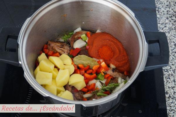 Ingredientes caldereta de cordero tradicional
