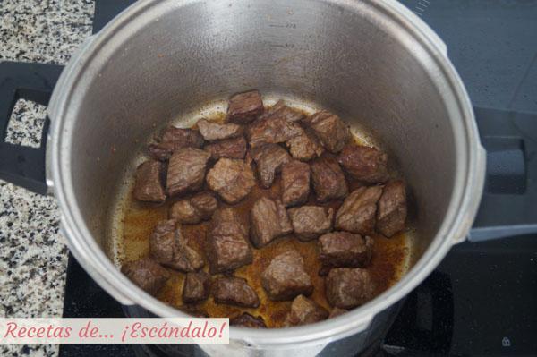 Carne de ternera guisada