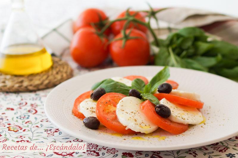 Ensalada Caprese De Tomate Y Mozzarella Con Albahaca Receta Italiana