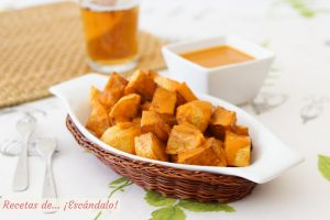 Patatas bravas, receta paso a paso con su salsa brava casera