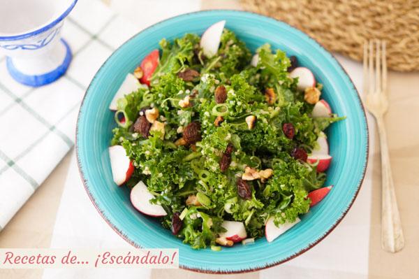 Receta de ensalada de quinoa y kale con vinagreta de mostaza, deliciosa
