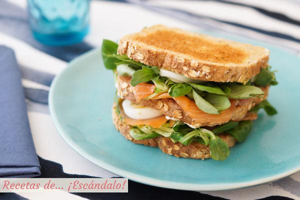 Receta de sandwich Ses Illetes de salmon, aguacate y huevo duro