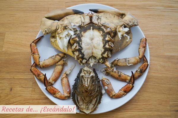 Buey de mar cocido y preparado