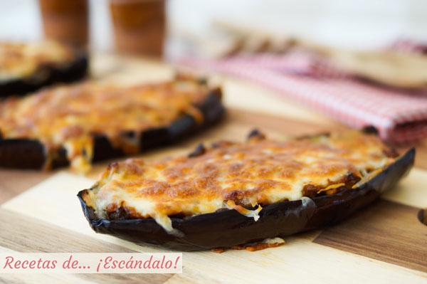 Receta de berenjenas rellenas de atun con queso gratinado al horno
