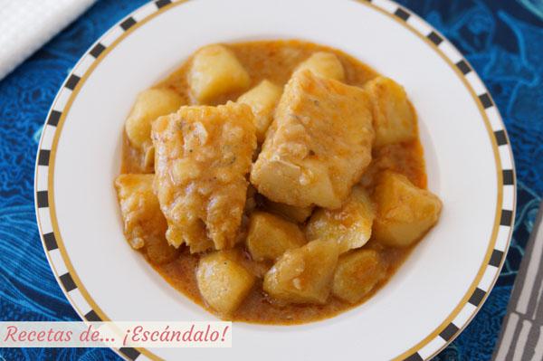 Receta de patatas con bacalao, guiso de pescado