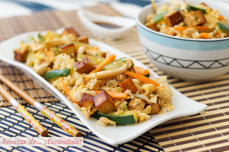 Tofu marinado con wok de verduras y arroz. Receta facil y saludable