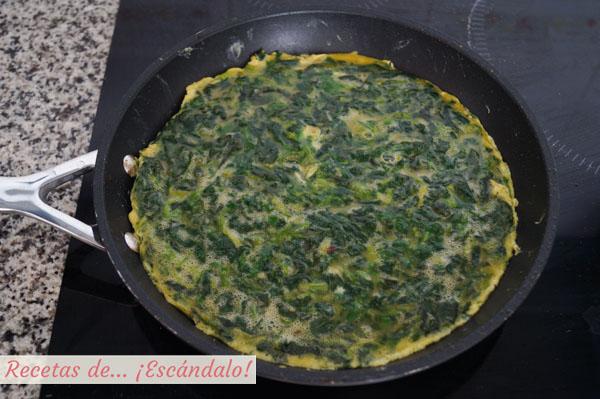 Como hacer tortilla de espinacas frescas, muy rica y sencilla