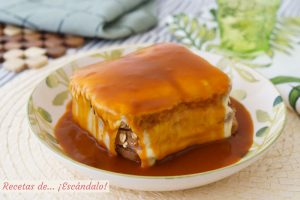 Francesinha, el contundente sandwich tipico de Oporto
