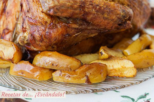 Receta de pavo relleno al horno con manzanas asadas