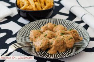Receta de albóndigas caseras en salsa de almendras, ¡irresistibles!
