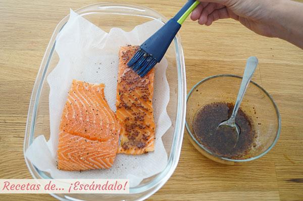 Como hacer salmon al horno con salsa de mostaza y miel