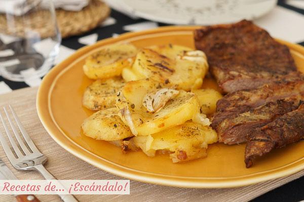 Como hacer secreto iberico de cerdo al horno con patatas asadas y cebolla, de 10