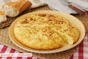 Tortilla de patatas en Thermomix, con o sin cebolla y trucos para cuajarla