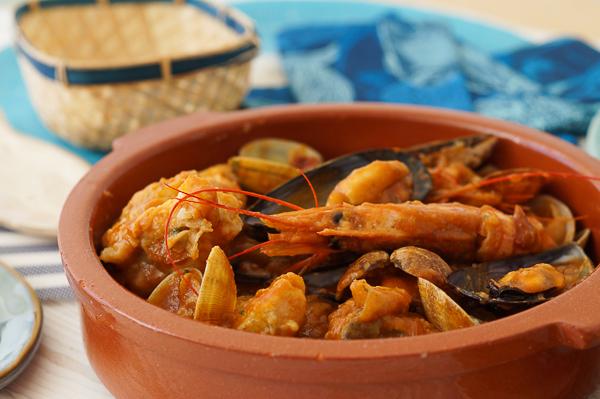 Receta de zarzuela de pescado y marisco, un plato muy especial y exquisito