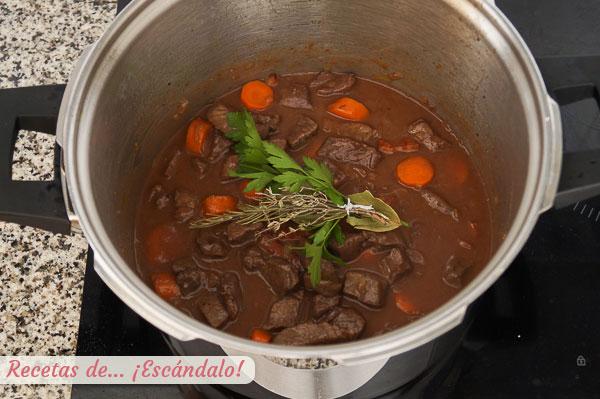 Ingredientes boeuf bourguignon